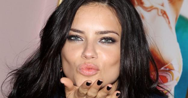 Ünlü Model Adriana Lima'dan Şaşırtan İtiraf!
