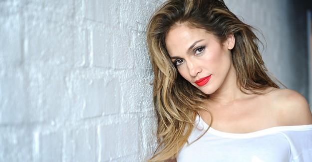 Ünlü Şarkıcı Jennifer Lopez'in Zayıflamanıza Yardımcı Olacak Püf Noktaları!