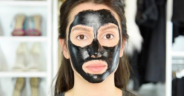 Ünlülerin Güzellik Sırrı Açığa Çıktı: Kömür Maskesi!