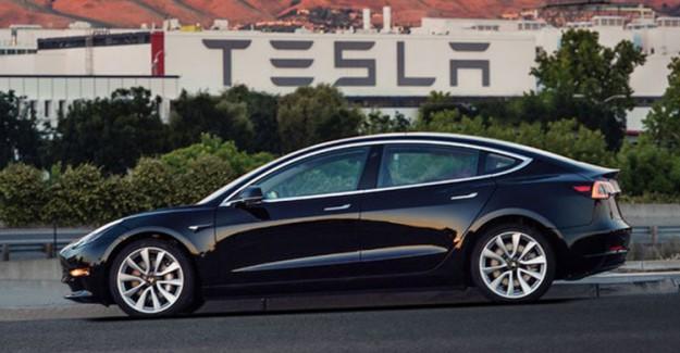 Ve Tesla'dan Beklenen Araba! Tesla Model 3