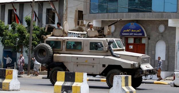 Yemen'de İran Büyükelçiliği'ne Havanlı Saldırı!