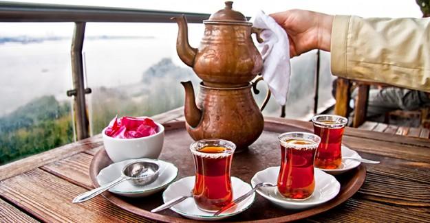 Yeşil Çay Mı Tüketmeliyiz Yoksa Siyah Çay Mı? İşte Yanıtı!