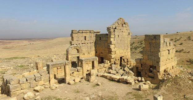 Zerzevan Kalesi Tarihe Işık Tutuyor