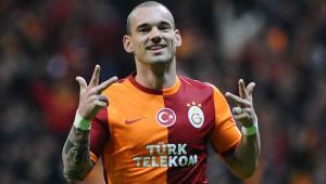 Başkan Özbek, Sneijder'i Tehdit Etti!