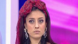 Fenomen Gelin Adayı Solmaz Tüm Türkiye'ye Cinsel Organını Gösterdi!