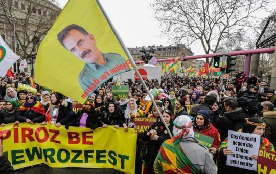 Almanya'dan Kritik Karar! PKK'ya İzin Verdi