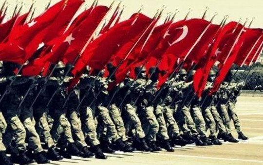 Katar'da 'Türk Askeri' Sevinci!