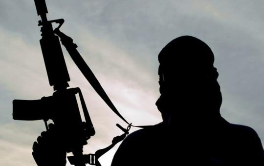 İran Televizyonundan İlginç Paylaşım! Vatandaş Teröristin Elinden Böyle Kurtuldu