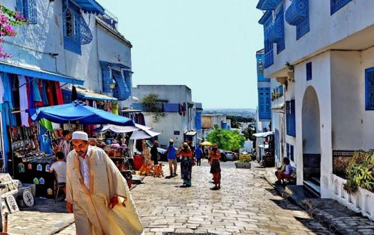 Tunus Sokakları Mehter Marşı'yla İnledi