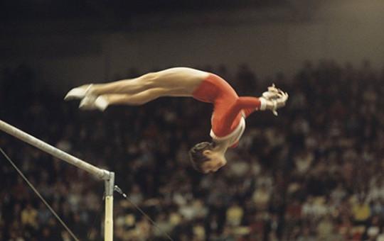 Sovyet Jimnastikçi Olga Korbut, Madalyalarını Sattı
