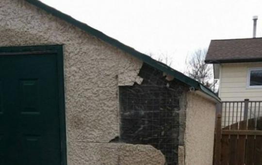 Küçük Kulübeden Öyle Bir Ev Yaptı ki Görenler Şaşkınlığını Gizleyemedi!