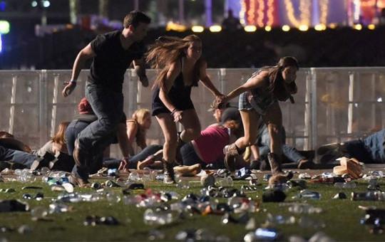 ABD'deki Silahlı Saldırının Anbean Görüntüleri!