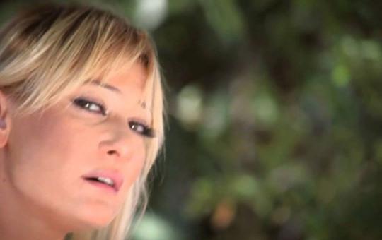 Şarkıcı Zeynep Türkeş Yeni Mesleğini Açıkladı!