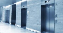 Asansör Kameralarına Yansıyan İlginç Olaylar