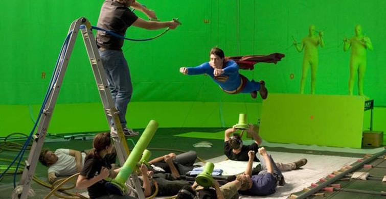 Dünyaca Ünlü Filmlerin Şaşırtan Arka Planları