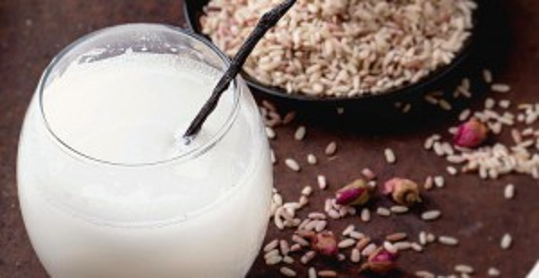 Pirinç Suyu ile Yıkanan Saçlar Parlar mı? Pirinç Suyu Maskesi Nasıl Hazırlanır!
