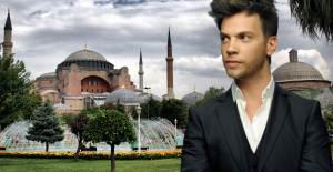 Sinan Akçıl Ayasofya Camii İle İlgili Paylaşım Yaptı