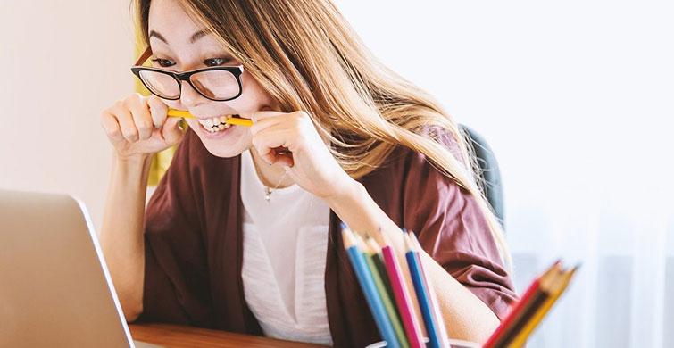 Vücudunuzun Çok Stresli Olduğunun 6 Önemli İşareti