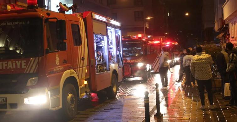 Taksim'de Panik Dolu Anlar! Turistler Sokağa Döküldü
