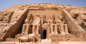 3000 Yaşındaki Dağa Oyulmuş Ebu Simbel Tapınağı!
