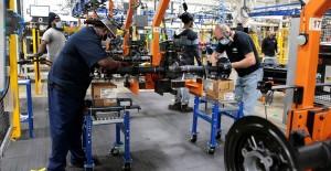 ABD'de Otomotiv Sektörü Yaklaşık 2 Ay Sonra Faaliyete Başladı - 1