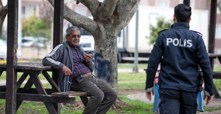 Polis, Antalya'da Sokağa Çıkan Vatandaşları Uyardı - 2
