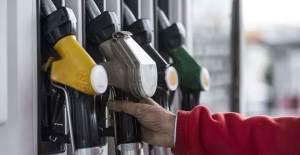 Benzin ve Motorine Zam Geldi - 1
