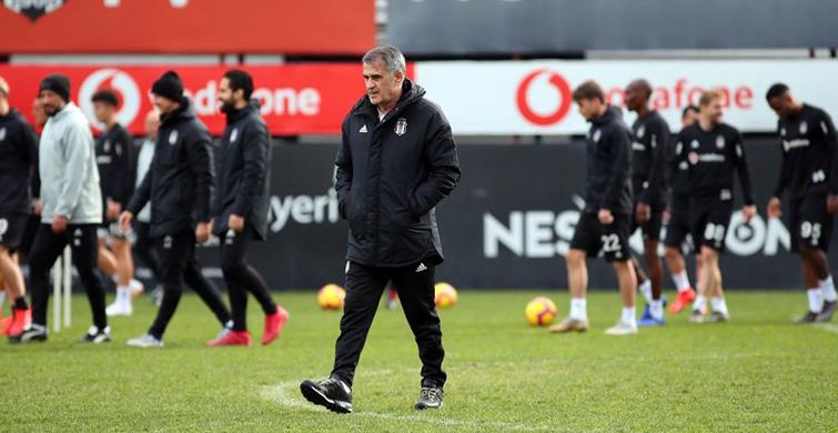 Beşiktaş'ın Antalyaspor Maçı Kafilesi Belli Oldu! Kagawa'da Kafilede Yer Aldı - 1