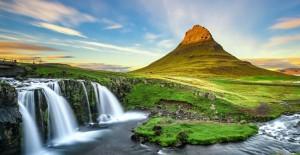 Her Mevsim Başka Bir Güzelliğe Bürünen Kirkjufell Dağı! - 1