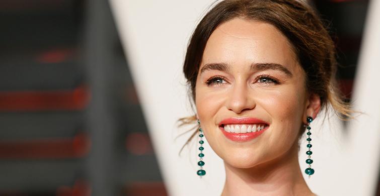 Emilia Clarke Kimdir? Emilia Clarke Boyu Kaç, Kilosu Kaç, Aslen Nereli, Eşi Kimdir? - 1