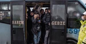 İstanbul'da Toplu Taşıma Araçlarında Coronavirüs Denetimi - 1