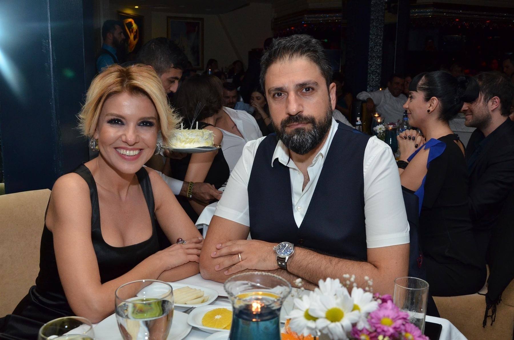Gülben Ergen'in Erhan Çelik'le Evliyken Yasak Aşkıyla Olan Fotoğrafı Ortaya Çıktı! - 3