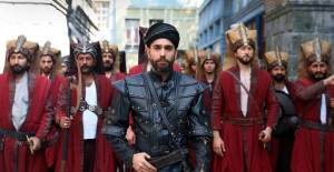 Kadir Doğulu'nun Yeni Film Kazak İşi Türkiye'de Çekimlerini Tamamladı - 1