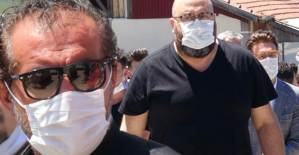 MasterChef Türkiye Jürisi Mehmet Yalçınkaya Babasını Son Yolculuğuna Uğurladı - 1