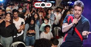 Murat Dalkılıç Konserinde Koronavirüs Kuralları Hiçe Sayıldı - 1