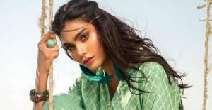 Ünlü Model Zara Abidi'nin Pakistan'da Düşen Uçakta Olduğu Ortaya Çıktı - 1
