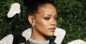 Rihanna'dan Donald Trump'a İğneleyici Sözler - 1