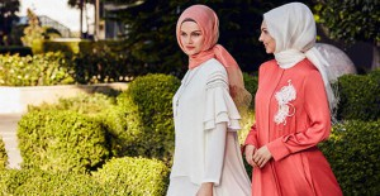 Tesettür Modasının Favori Kıyafeti Elbiseler! - 1