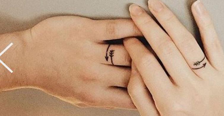 Yeni Trend: Evlilik Yüzükleri Yerine Parmağa Dövme Yaptırmak - 1