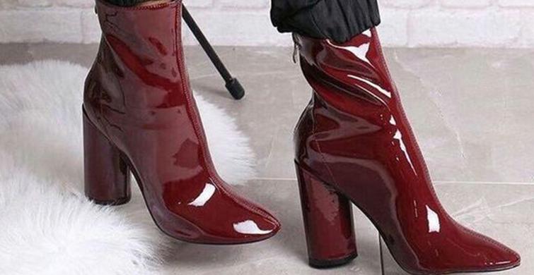 Topuklu Ayakkabılar Çekiç Parmak Yapıyor! Topuklu Ayakkabıların Zararları - 1
