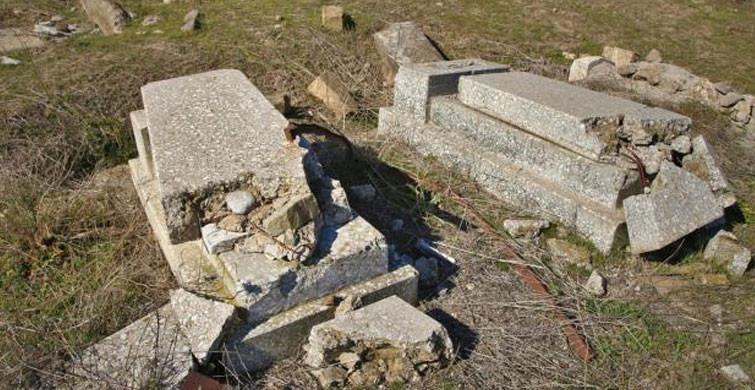 mezarlıklarharaphalde2302021021