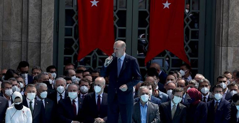 Cumhurbaşkanı Taksim Camii'de konuşma yapıyor