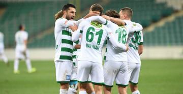 Bursaspor Kadro Kurmakta Zorlanıyor!