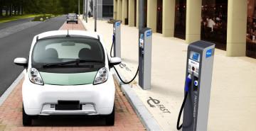 Elektrikli Araçların Pil Değişimi Sadece 10 Dakikaya Nasıl İndirilir?