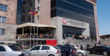 Ermenistan'da Halk Akıl Hastanelerine Akın Etti