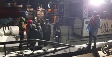 Foça'da 9 Kaçak Göçmen Kurtarıldı