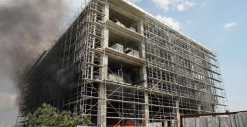 İkitelli'de İnşaat Halindeki Binada Yangın Çıktı