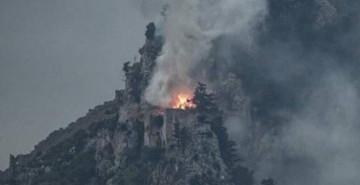 KKTC'de Bulunan Tarihi Kalede Yangın Paniği!