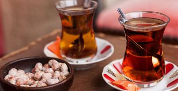 Odyoloji Uzmanı Açıkladı: Tuz, Çay ve Kahve Tüketenlerde Kulak Sorunu Olabilir!