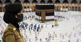 Suudi Arabistan'da İlk Kez Kadın Güvenlikler Hac Esnasında Nöbet Tuttu